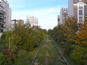 Dans le 12e, les immeubles de logement sont très proche de la petite ceinture. @Pierre-Clément Julien