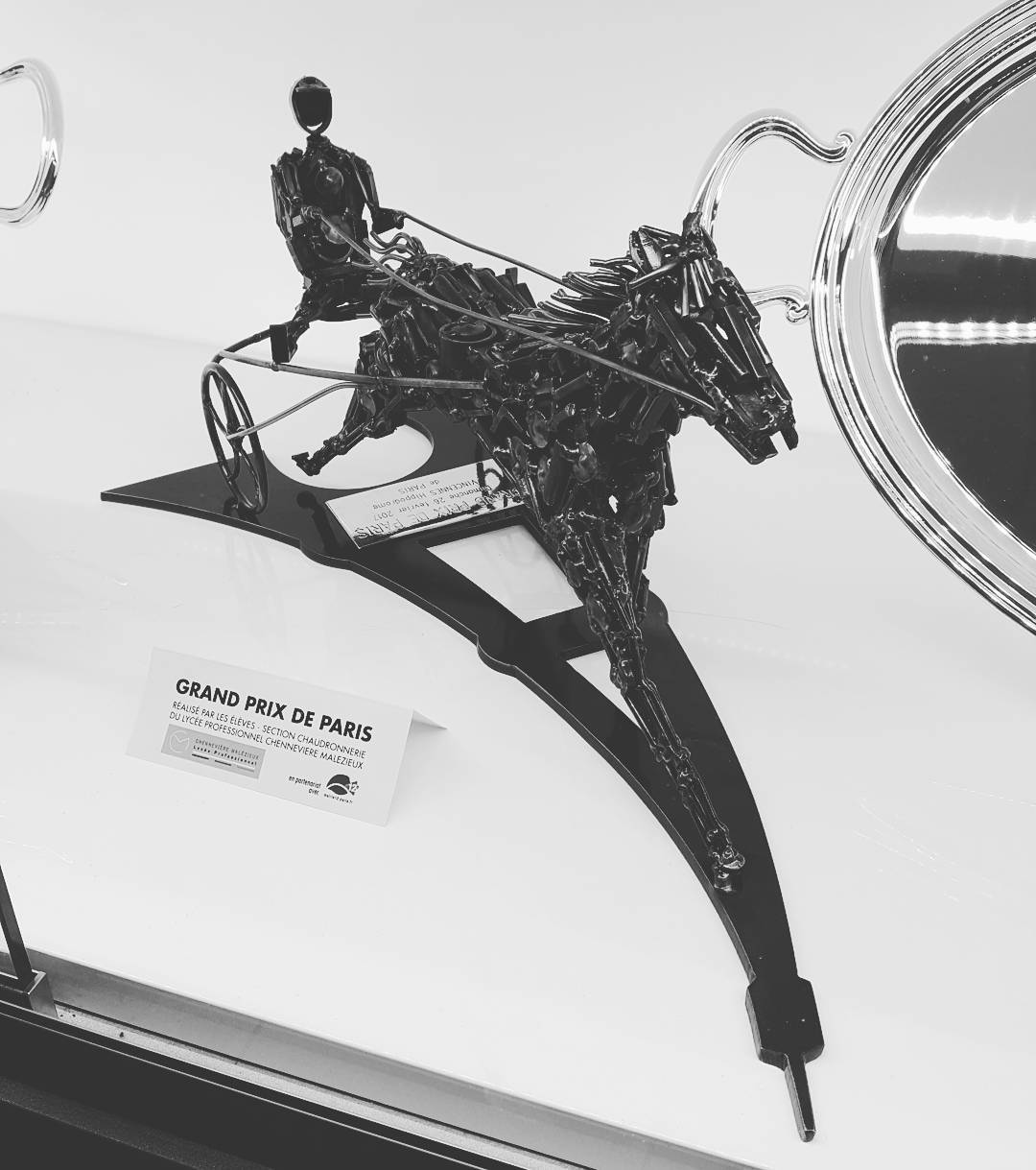 Grand prix de Paris Trophe ralis par les lves duhellip