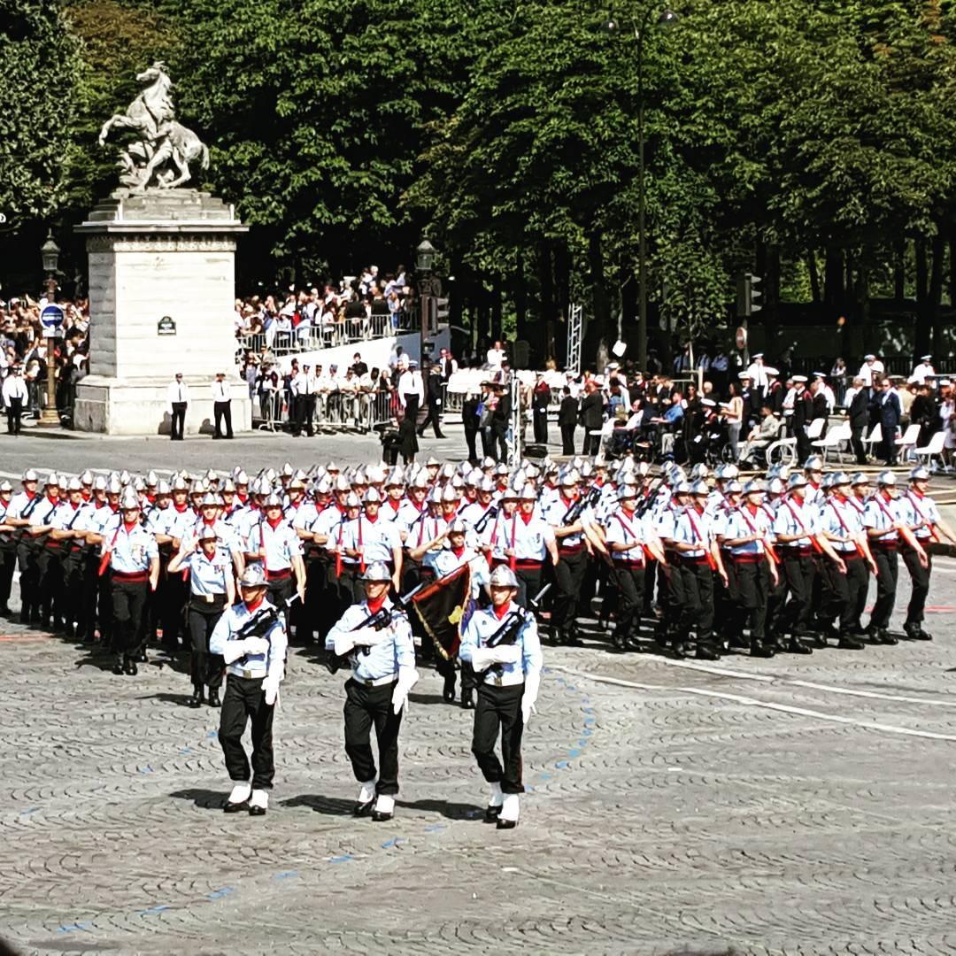 Merci  nos sapeurs pompiers de Paris dfil 14juillet