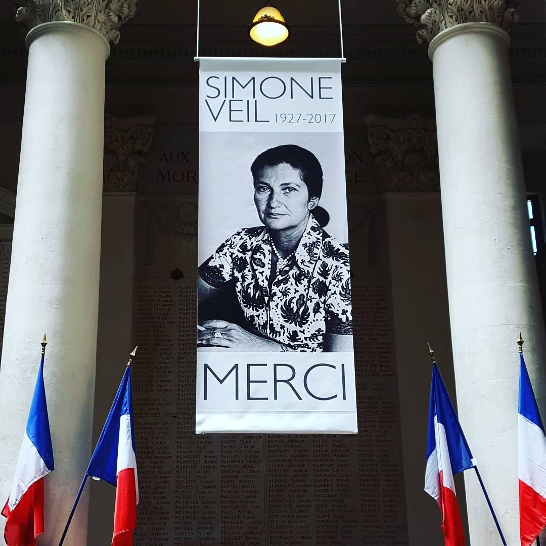 Merci  Simone Veil le beau message des lus dAvignonhellip