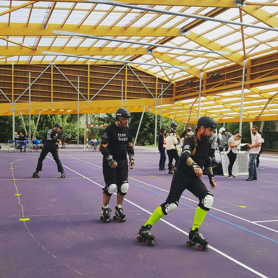 Des familles sportifs et sportives heureux de la rnovation ethellip