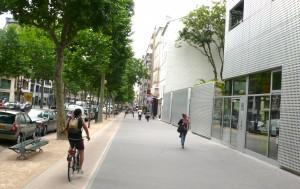 Le boulevard Diderot réaménagé permet d'accueillir piétons et cyclistes en toute sécurité © Pierre-Clément Julien