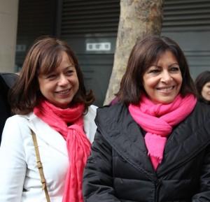Avec Anne Hidalgo, au marché de l'Aveyron. Crédits Eléonore Slama.